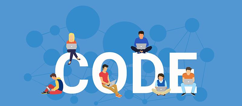 Vernetzte Grafik, Softwareentwickler sitzen auf dem Wort CODE